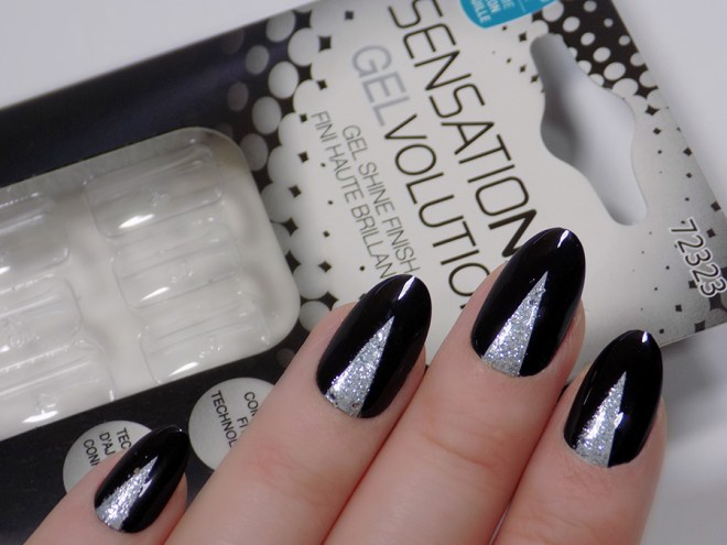 Sensationail Gelvolution Review - Stiletto Black and Silver 72323 swatch 2