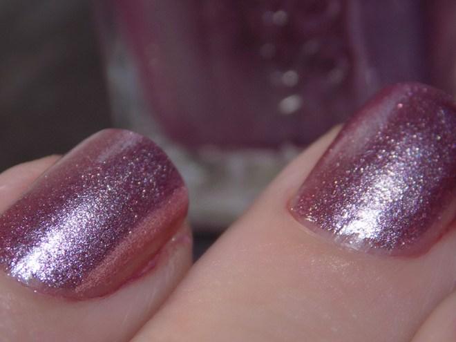 Essie Sil Vous Plait - Summer 2017 - Closeup Swatch Foil Metallic Rose Polish