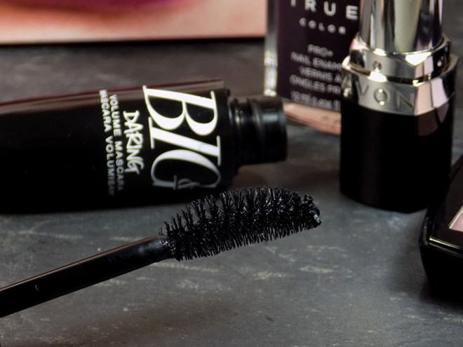 Avon Trends Divine Wine - Big and Daring Mascara Brush in Black