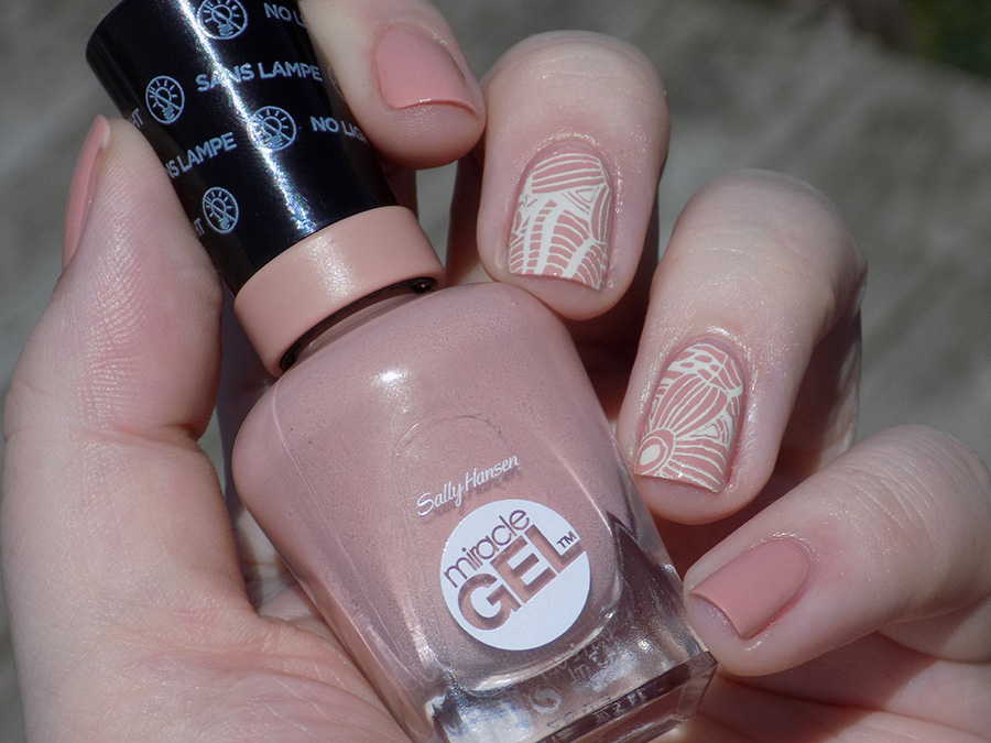 Sally Hansen Frill Seeker (184) Swatches and Review - Tea