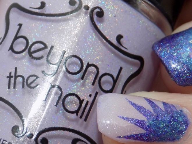 Beyond The Nail Flowing Unicorn Mane - Starburst Stencils