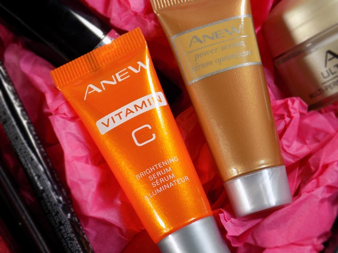 Avon A Box The Best of Beauty Fall 2017 - ANEW Serums