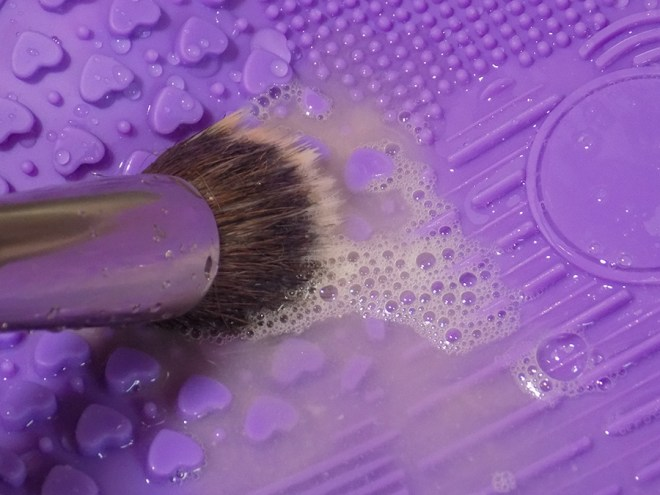 Avon Makeup Brush Cleaning Mat - In Use