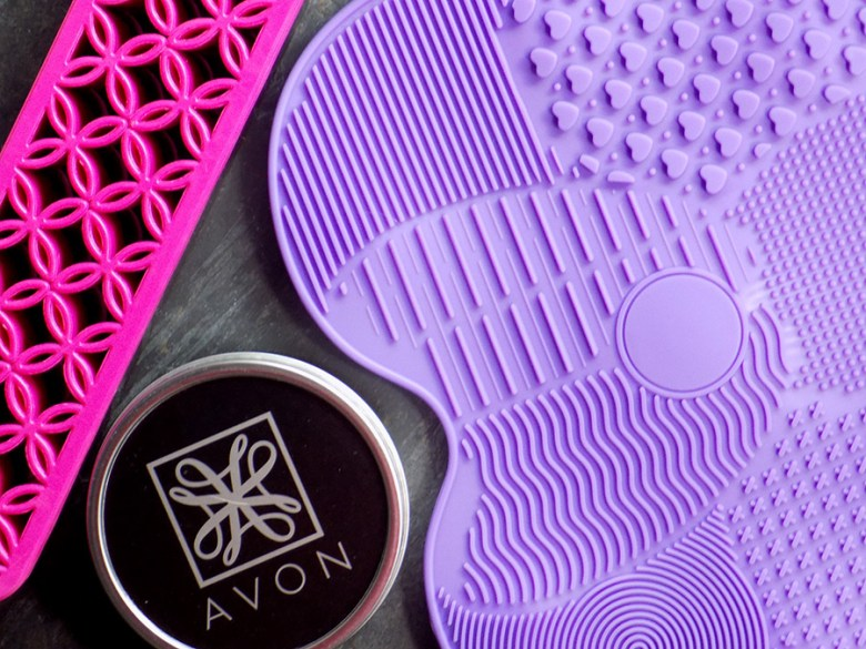Avon Makeup Brush Cleaning Solutions
