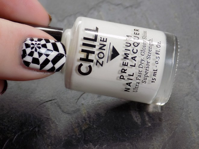Nails to match Mark by Avon Mod - Chill Zone Polish