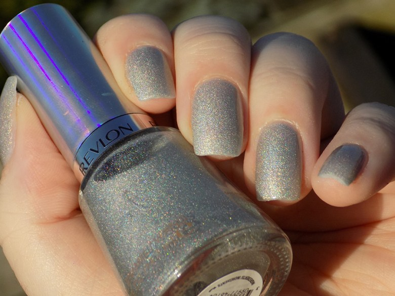 Revlon Hologasm Silver Holographic Polish Swatches Holochrome Collection 2017 - Swatch in Sunlight