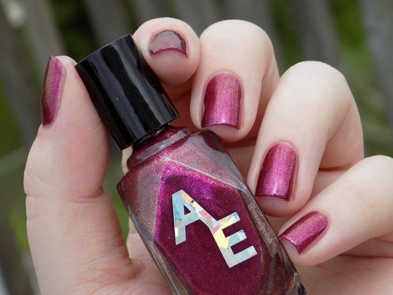 Alter Ego Fan Faves - Shes A Brick House - Sunlight Swatch
