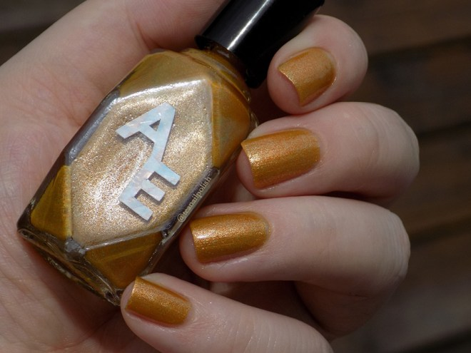Alter Ego - Forever In Amber - Swatch in Natural Light 2