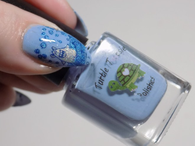 Sea Creature Nail Art CBBxManiMonday July 23 - Shark Week