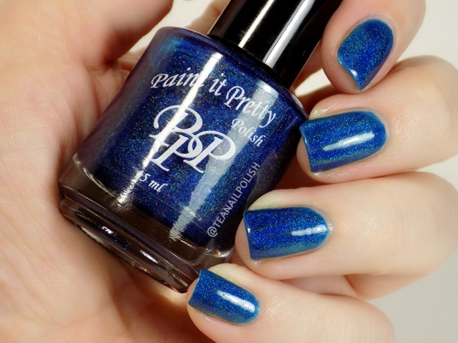 Paint it Pretty Polish Midnight Sparkle - Swatch in Artificial Lighting