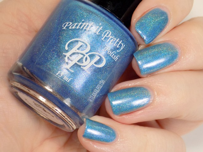Paint it Pretty Polish Out of The Blue Holo Polish - Artificial Light Swatch