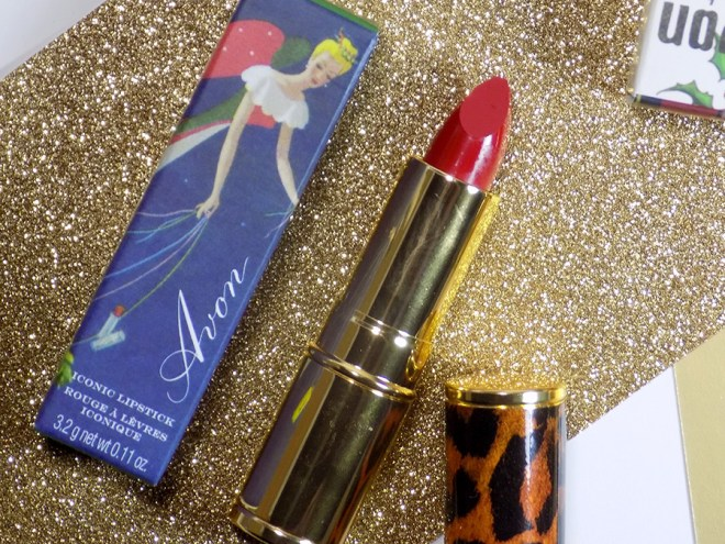 Avon Canada Iconic Lipsticks Holiday Collection 2018 - Holly Red - Leopard Cover