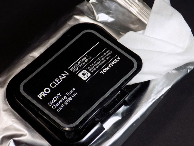 TONYMOLY Pro Clean Smoky Cleansing Tissue Makeup Remover Wipes