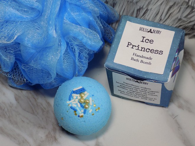 Holly Berry Body Ice Princess Bath Bomb