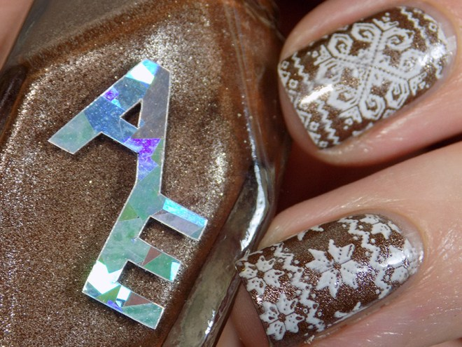 Sweater Nails with Alter Ego Clever Girl