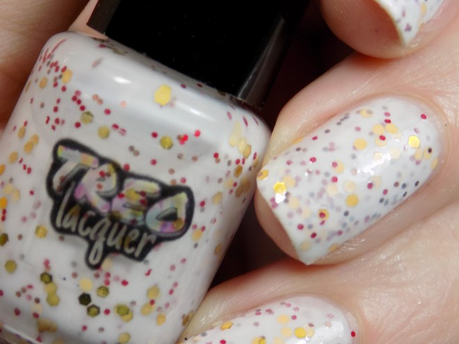 Treo Lacquer Oh My Whiskers Swatches 3