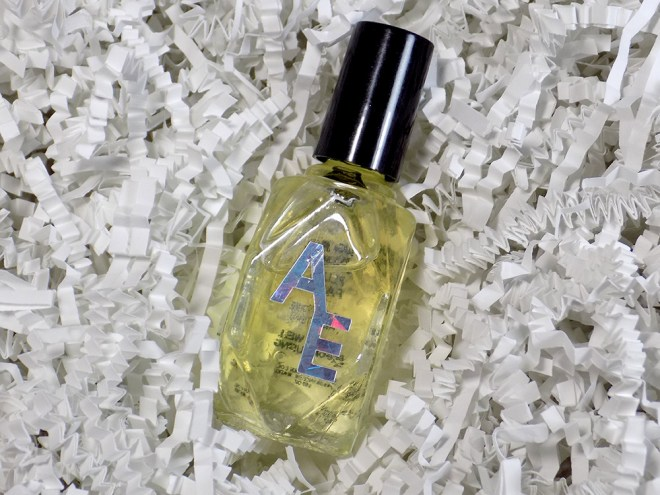 Picture of a bottle of acetone additive in Sugar Plum Fairy holiday scent