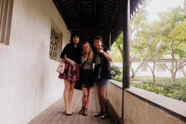'Celebrity Status' in China: Being a Foreigner in China – Teach English In China I Graduate Jobs ...