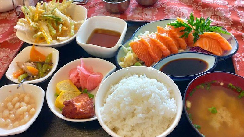 【世界一周】ラパスの日本食レストラン「けんちゃん」でお刺身ランチ