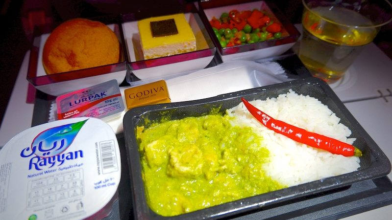 【カタール航空機内食・搭乗記】QR826/DOH-BKK/ドーハ-バンコク(スワンナプーム)