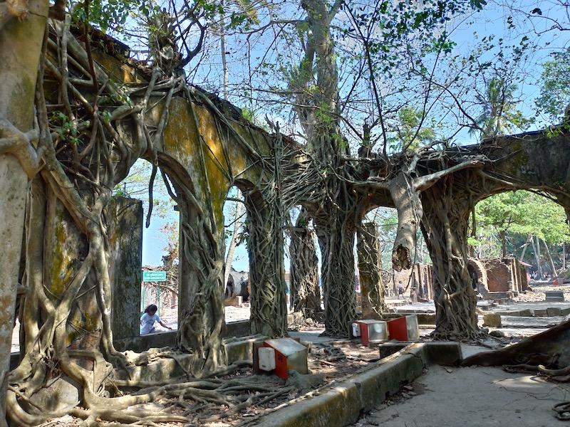 【インド】ポートブレア市内観光①「東のパリ」とも呼ばれたロス島へ
