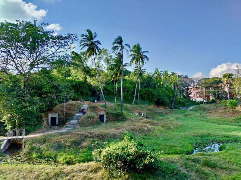【インド】ポートブレア市内観光③日本軍のバンカー(掩体壕)が残るガンジー公園へ