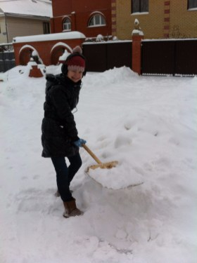 Kristina in Moscow - smiling despite the snowstorm