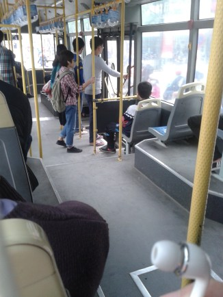 Quyền Cao commuting and listening