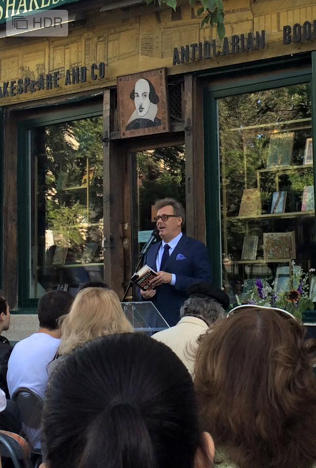 Greg Proops talking at Shakespeare & Co. - an English bookshop in Paris