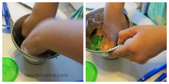 butterfly pens playdoh bucket