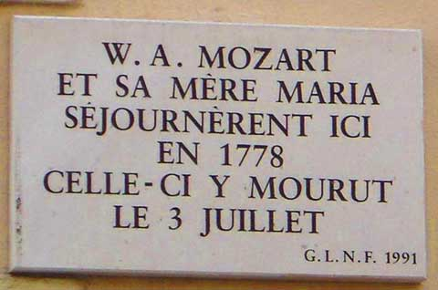 Memorial plaque to Mozart's Mother