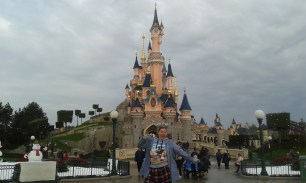 You can enjoy Disney at any size. Whilst I din't get the T-Shirt, I did get the hoody!