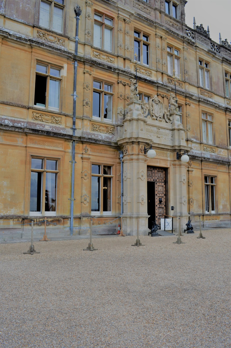 entrance to Downton
