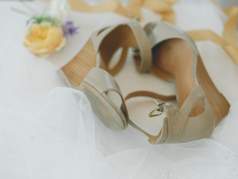 wedding shoes photography idea