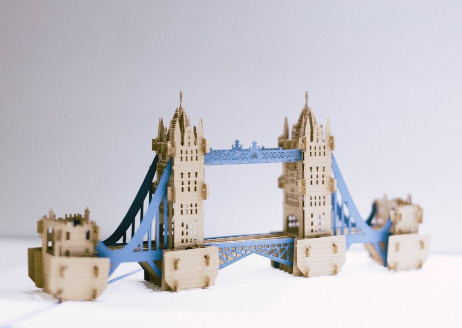 Father's Day Bridge Buildings Model Gifts