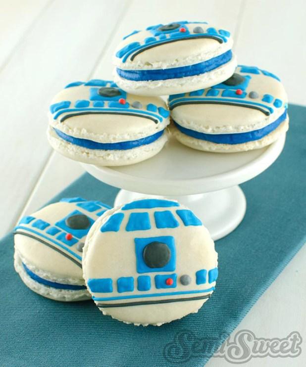 Star-Warsthemed-macarons-5