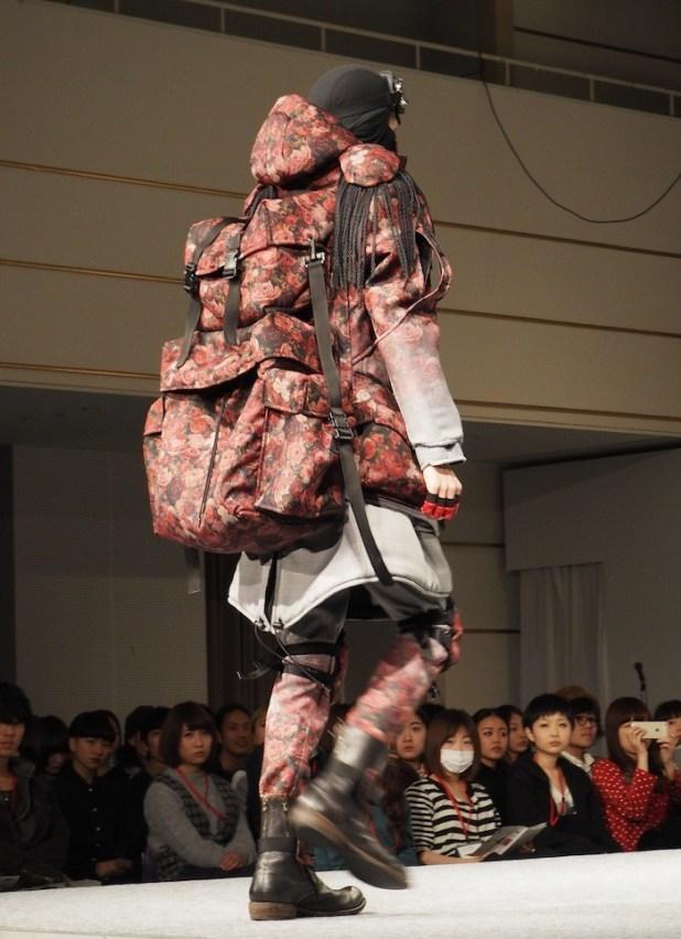 bunka-fashion-design-awards-2015-3-700x965