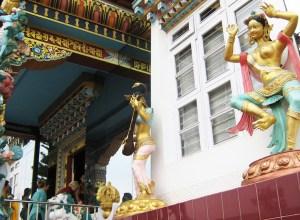 The Offering Goddesses: In Praise of Divine Beauty