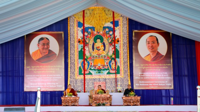 The House of Sakya: Ratna Vajra Rinpoche's Life of Joy and Responsibility