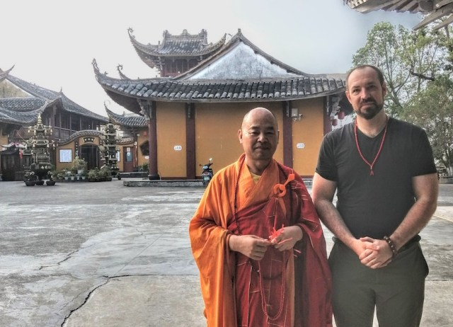 In Praise of the Monastic Experience, a Taste of Chinese Buddhism