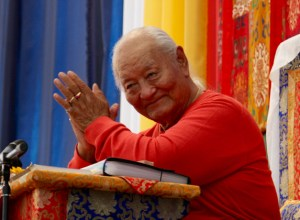 Dharma Dispatch, 1-12 October 2018: A Great Rinpoche's Passing, Amazing Calligraphic Sutra, and Karmapa Resolution