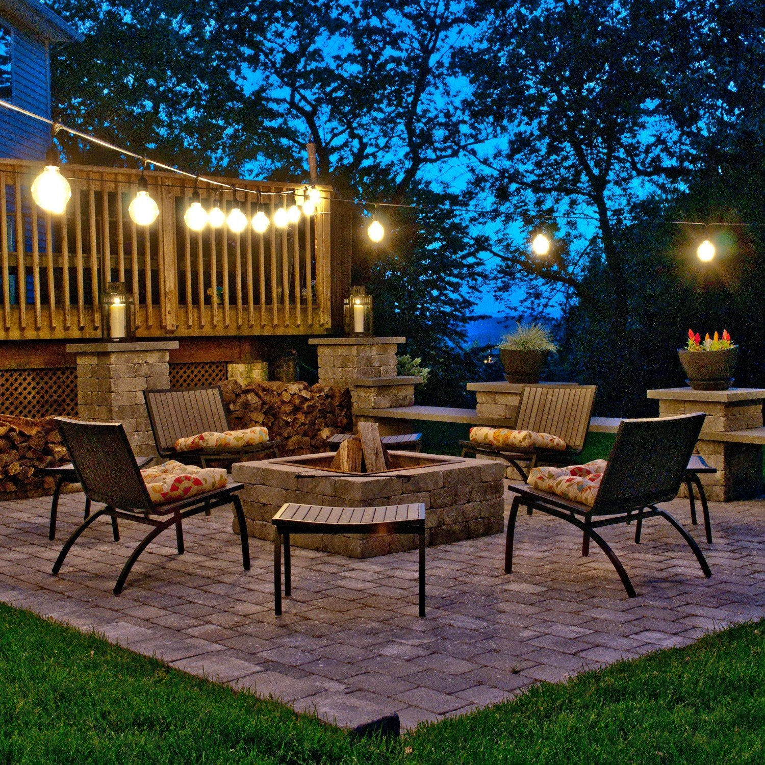 Top Outdoor String Lights for the Holidays - Teak Patio ... on Backyard String Light Designs id=13942