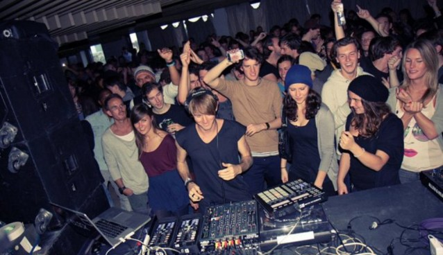 GOT TECHNO?…worth watching live techno BOILER ROOM stream sets.