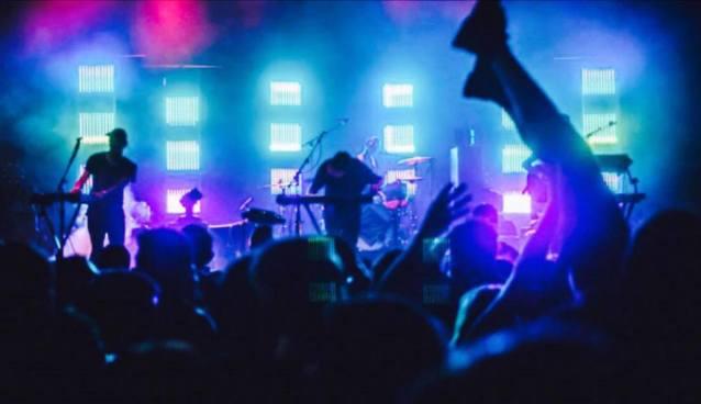 Shaky Beats Music Festival 2016: STRFKR