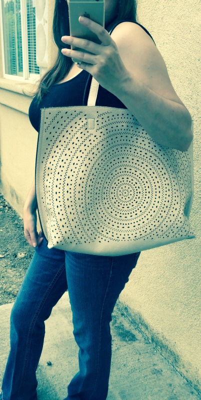 Street Level Kaelyn Laser Cut Two-Tone Reversible Tote