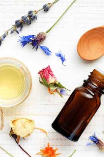 essential oils guide with the best essential oils and how to use essential oils