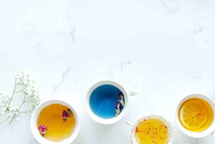 essential oils guide with the best essential oils and how to use essential oils, how to blend essential oils