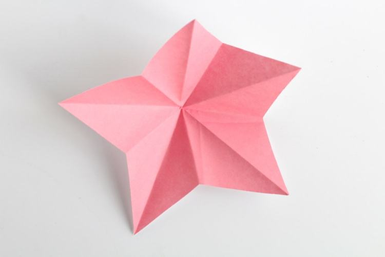 how to make 3D paper stars the easy way | unfold your star