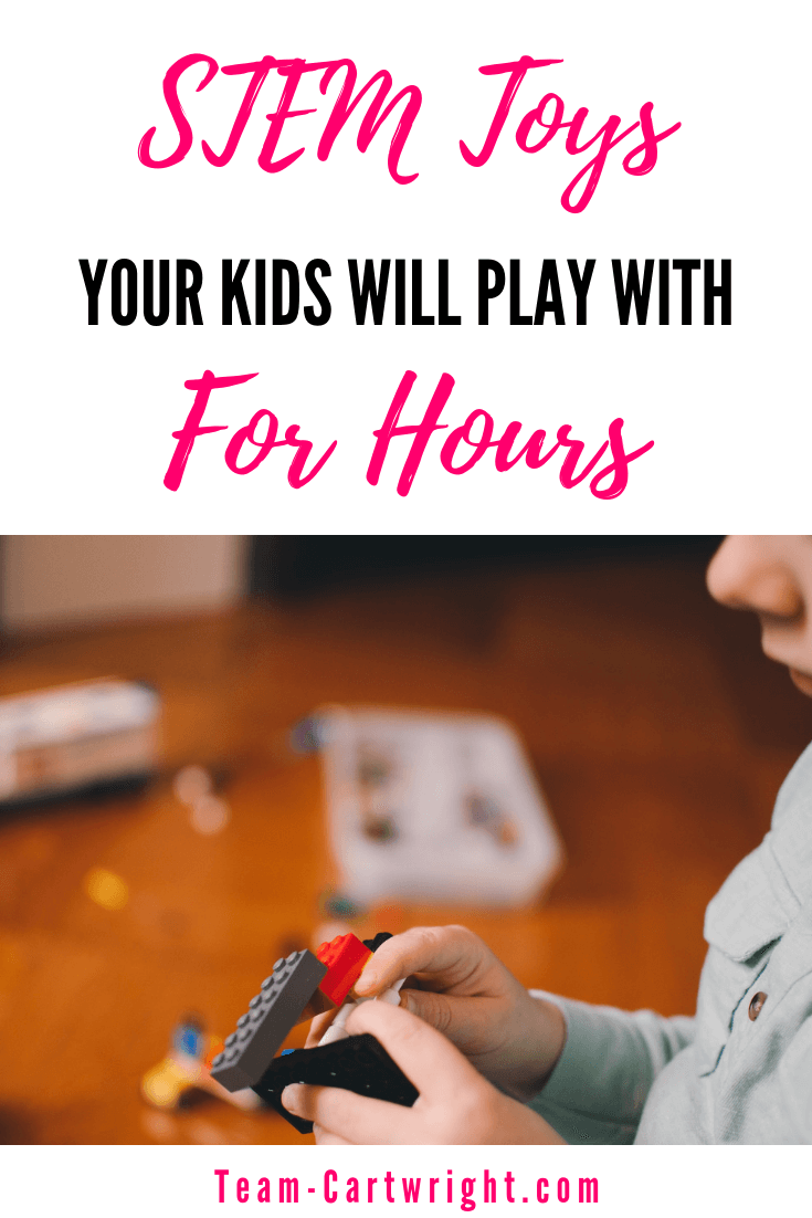 Looking to buy your kids STEM toys that your child will go back to again and again? Hopefully toys that they can play with on their own for hours? Here are the best STEM toys that your child will play with for hours and that will grow with your child. #STEMtoys #STEMgiftlist #giftlilst #science #Toddlertoys #preschooltoys Team-Cartwright.com