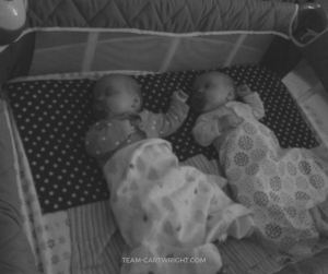 How do you get your twins on a nap schedule without losing your sanity? Focus on your anchor naps. Learn what these are and how they help build your twin schedule. #anchornaps #twinnaps #twins #naps #schedule #babywise #babywiseschedule Team-Cartwright.com